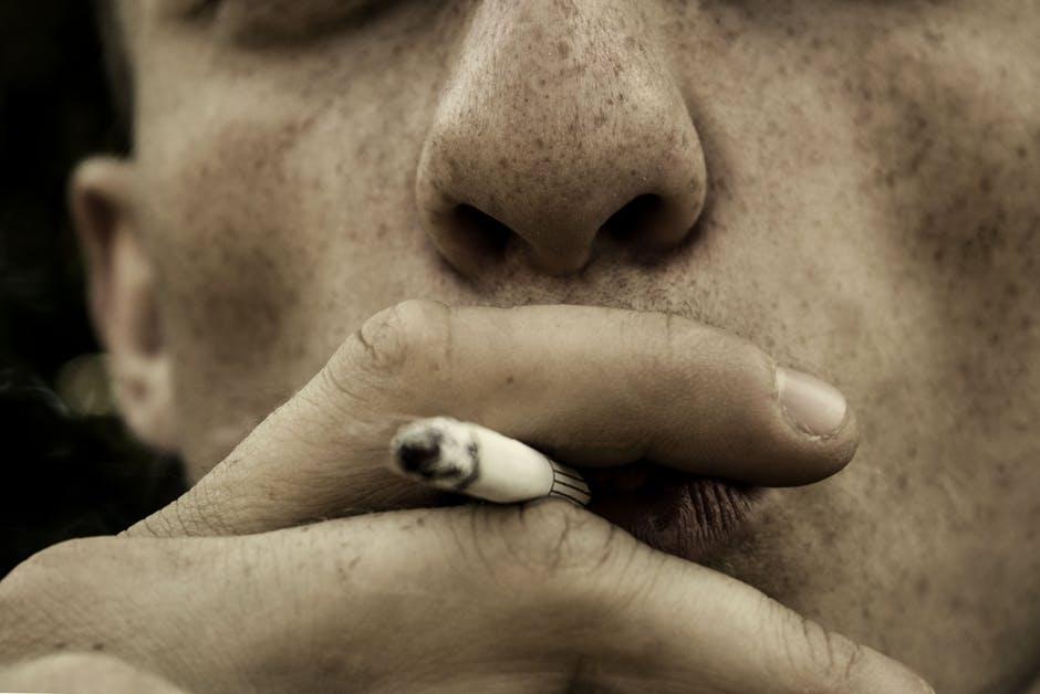 Als roker krijg je nog meer rotzooi binnen dan je dacht