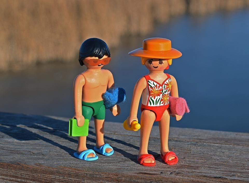 Wat trek je aan naar strand of zwembad?