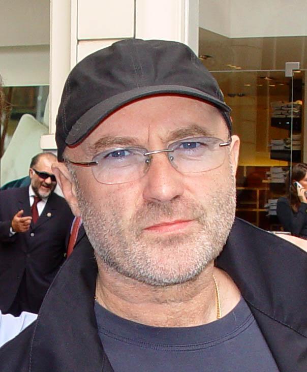 67-jarige Phil Collins weer lekker 'on tour'